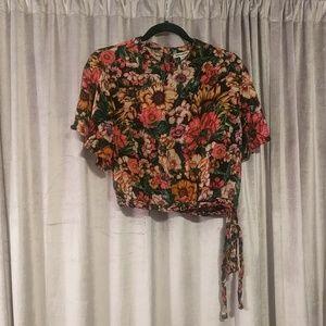 Floral Billabong crop top (Women's L)